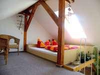 Ferienhaus Weinert in Groß Wokern Schlafzimmer unterm Dach